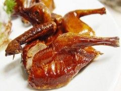 脆皮烤鸽子